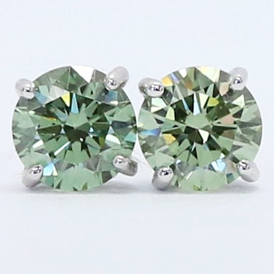0.62 Carats Apple Green Diamond Studs Earrings 14k White Gold