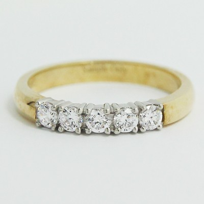 2.6mm Classic Five-Stone Wedding Band 14k Yellow Gold