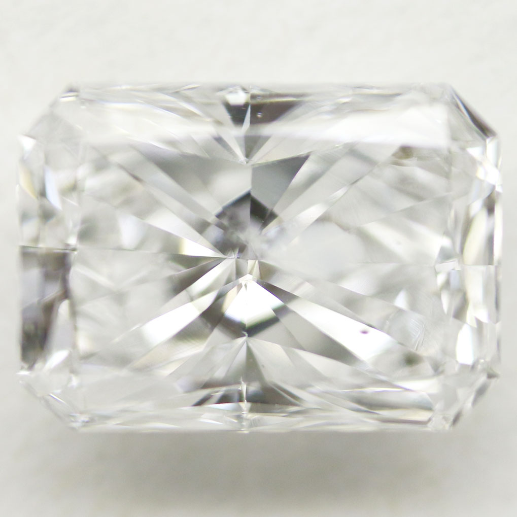 1.00 Carat - Radiant Cut Diamond