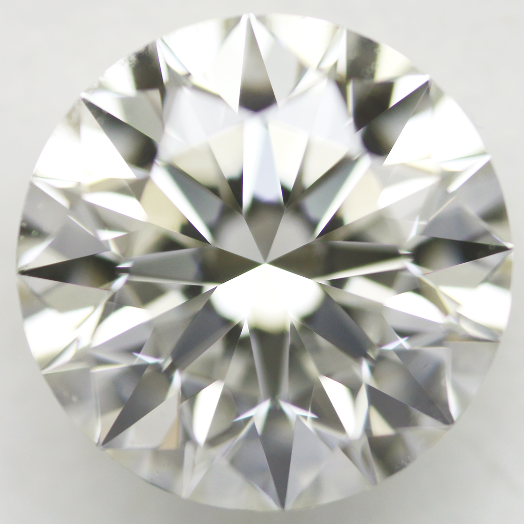 1.05 Carat - Round Brilliant Diamond