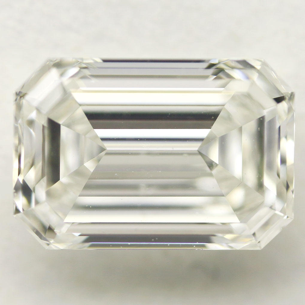 1.01 Carat - Emerald Cut Diamond