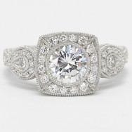 Glamorous Designed Halo Style Ring in 925 Sterling Silver